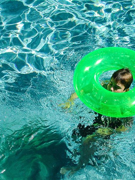 Ben in Pool
